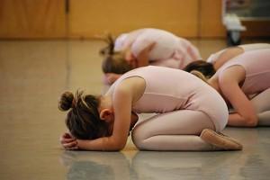 Kinder beim Yoga